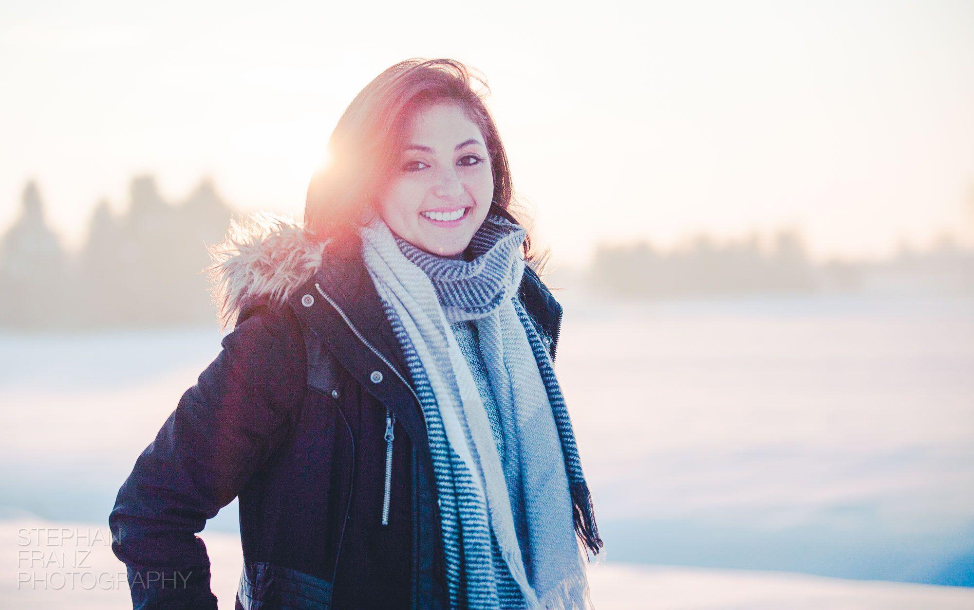 Winterspaziergang mit Angela in Beyharting bei Tuntenhausen im Alpenvorland in Bayern - Fotograf Stephan Franz Photography aus Rosenheim-21