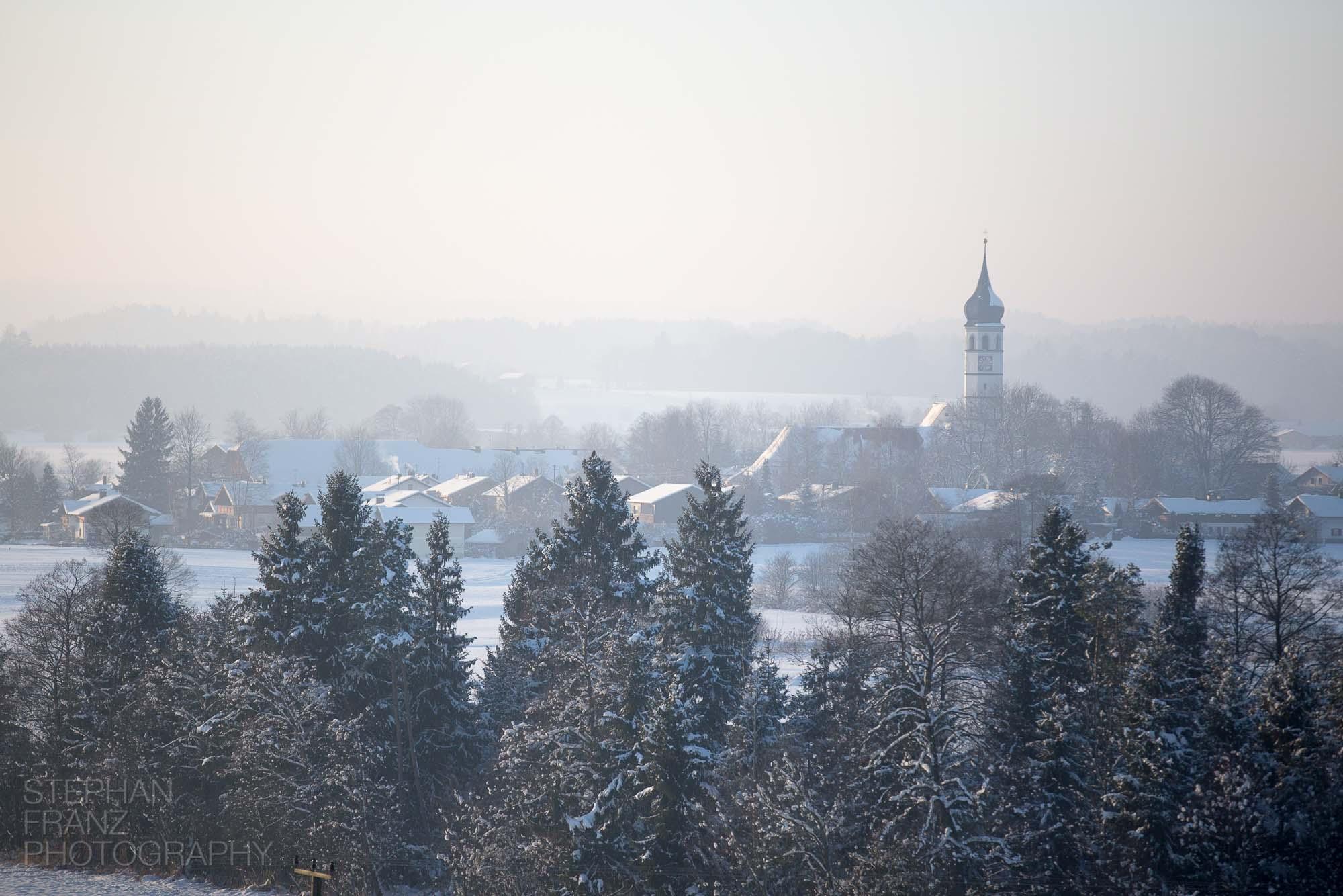 Winterspaziergang mit Angela in Beyharting bei Tuntenhausen im Alpenvorland in Bayern - Fotograf Stephan Franz Photography aus Rosenheim-3